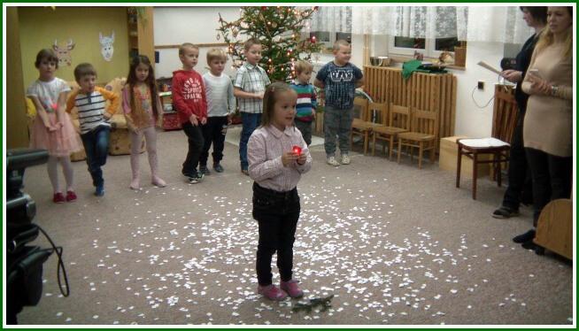 Vánoční besídka - MŠ (20).jpg