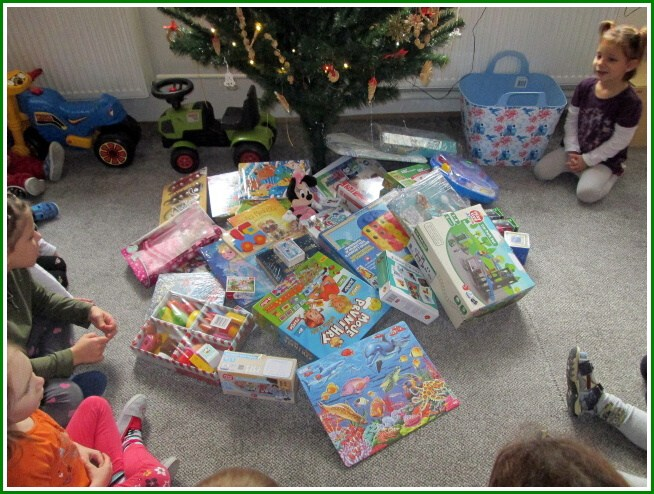 Vánoční  nadílka (02).jpg