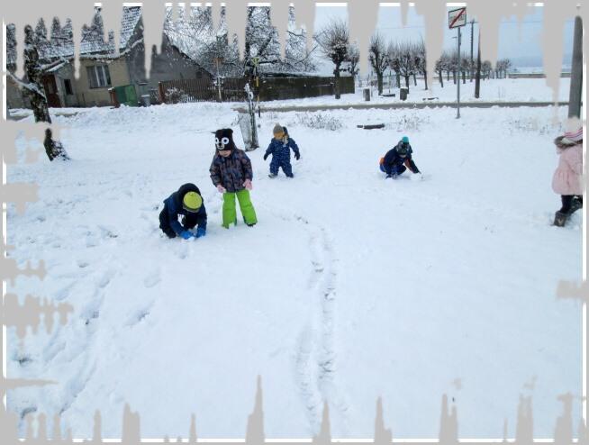 MŠ - sněhuláci (04).jpg