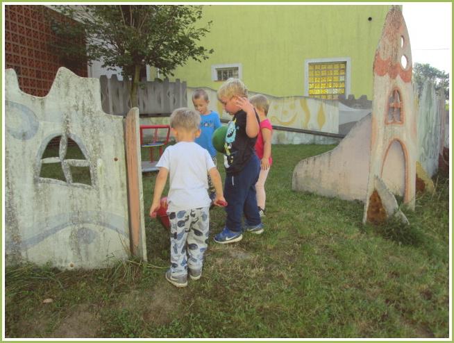 MŠ na zahradě - IX. 2020 (14).jpg