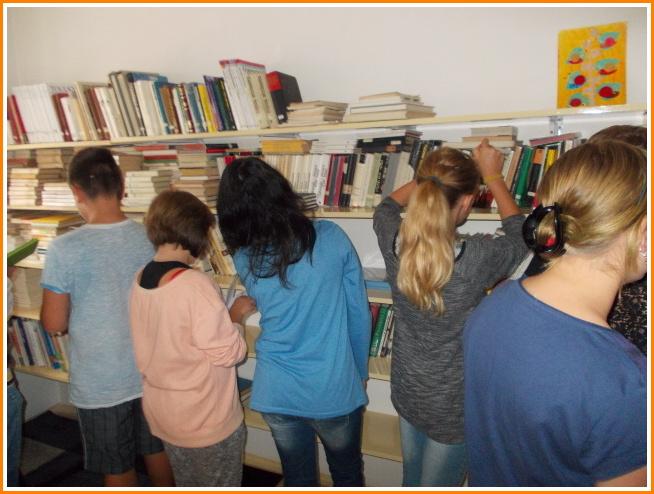 v knihovně (01).jpg